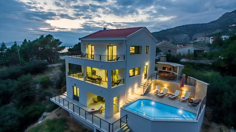 Makarska Villa